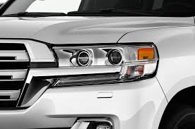 toyota land cruiser 2017 2016 toyota land cruiser reviews and rating motor trend