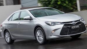 toyota hybrid camry toyota camry hybrid 2016 review term carsguide