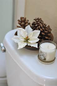 Christmas Bathroom Decor Sets by 25 Bathroom Christmas Decoration Ideas