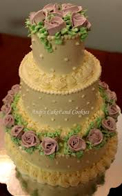 a three tiered cake 4