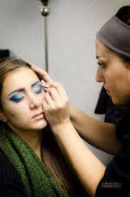 how to become a professional makeup artist online is your to become a professional makeup artist we can turn