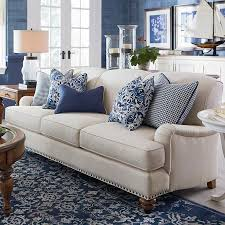 Pillow For Sofa by Best 25 Navy Blue Sofa Ideas On Pinterest Navy Blue Couches