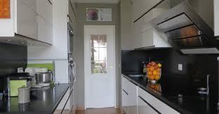 poseur de cuisine independant pose cuisine annecy haute savoie x avec noir et blanc remodelage