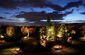 Landscape Lighting Ideas Design - Backyard lighting design