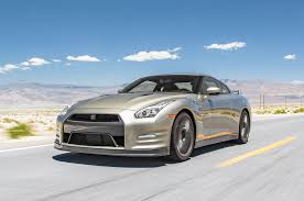 porsche gtr 3 2016 nissan gt r reviews and rating motor trend