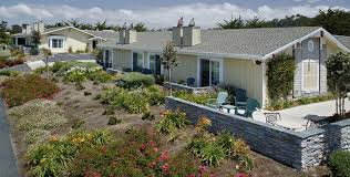 Moonstone Cottages Cambria Ca by Hotels In Cambria Ca Fireside Inn On Moonstone Beach Moonstone