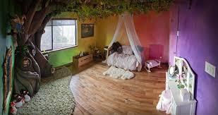 la chambre de reve ce papa a passé 18 mois à construire une chambre de rêve inspirée