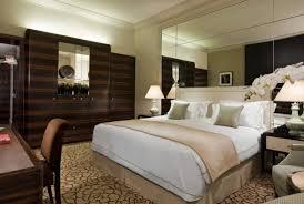 dans la chambre d hotel comment transformer votre chambre en une chambre d hôtel de luxe
