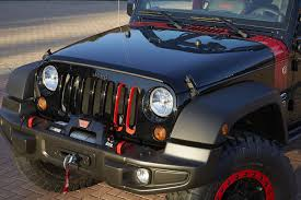jeep wrangler front grill jeep unveils wrangler grand cherokee cherokee concepts in moab