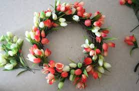tulip wreath diy tulip wreath sparkle day design