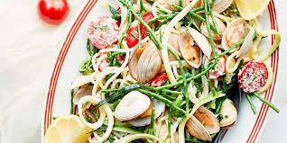 comment cuisiner les palourdes spaghettis aux palourdes et courgettes facile et pas cher