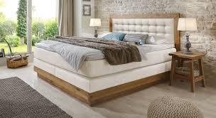 Schlafzimmer Mit Boxspringbetten Schlafkultur Und Schlafkomfort Abbildung Balken Bett Gezinkt Größe 180x200 Cm In Holzvariante