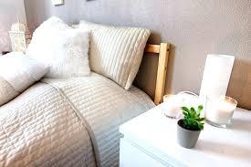 chambre en osier chambre en osier une chambre cocooning poubelle de chambre en osier