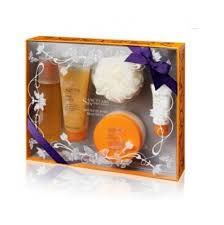 Spa Gift Sets Buy Sanctuary Spa Absolute Body Beautiful Luxury Gift Set In Cheap