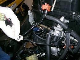 removing yamaha r6 fuel injectors removing fuel injectors fuel