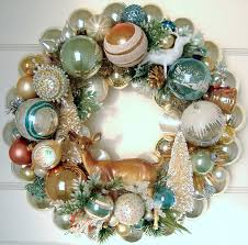 make a wreath using vintage ornaments