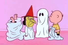charlie brown halloween gif u0026 share giphy