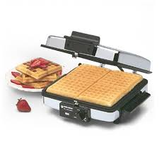 A wafflemaker with removable plates that can go in the dishwasher
