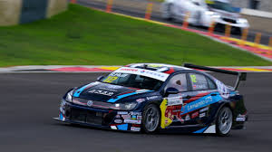 volkswagen lamando gts rob huff wins ahead of dan lloyd in ctcc race 1 at ningbo