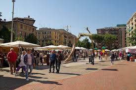 www porta portese auto it file porta portese market quartiere xii gianicolense roma lazio
