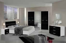 Chevet Design Blanc Laque by Chevet Laqu Noir Brillant Good Chevet Table De Chevet En Bois