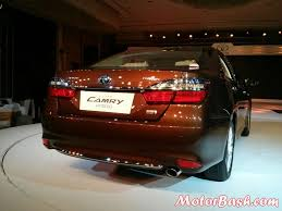 2015 toyota camry tail light 2015 toyota camry hybrid launched price features pics