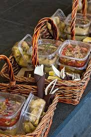 picnic basket ideas best 25 rustic picnic baskets ideas on pinic basket
