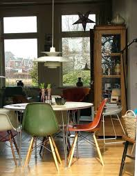 Beautiful Dining Table And Chairs 10 Beautiful Interior Designs Featuring The Eames Molded Plastic