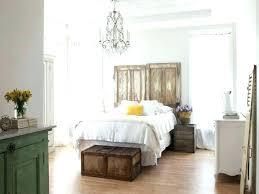 cottage master bedroom ideas cottage themed bedroom masters mind com