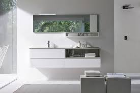 traditional contemporary bathrooms design with grey wall colour