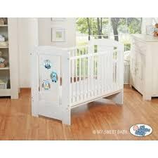 chambre bebe hiboux lit pour bébé motif hibou mobilier chambre pour enfant reve leen