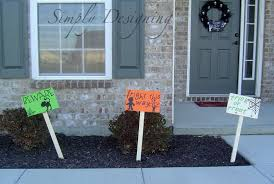 Diy Halloween Yard Decorations Pb Knock Off Halloween Wooden Signs