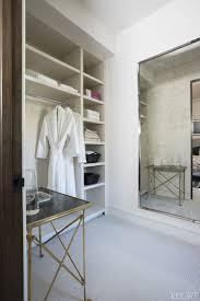 kardashian bedroom what it s like to be a guest at kourtney kardashian s home