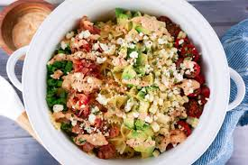 easy bacon avocado summer pasta salad love and risotto
