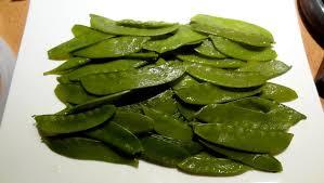 cuisiner des pois gourmands salade de pois gourmands aux châtaignes la tendresse en cuisine