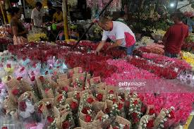 wholesale flowers flower shop owners buy wholesale flowers on the of s
