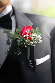 Corsage And Boutonniere Cost Corsages And Boutonnieres Who Gets What And Who Pays Wedding