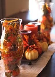 idee deco pour grand vase en verre décoration de table automne u2013idées avec bougies et photophores