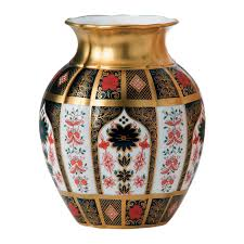 solid gold band imari solid gold band tulip vase