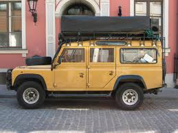 vintage land rover discovery rover 110