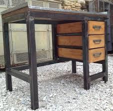 bureau industriel bois et metal bureau metal bois bureau industriel mtal et bois de manguier