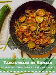 courgettes cuisin s tagliatelles de konjac cuisinées au soja à la courgette au chou et
