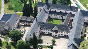 visiting frankfurt insiders share tips cnn travel