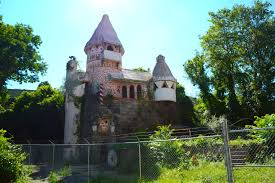 the abandoned gingerbread castle in new jersey
