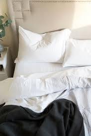 bed sheet quality tips for buying bed sheets a giveaway room for tuesday