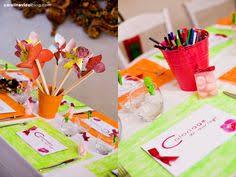 table enfant mariage table enfants rond de serviette collier de bonbons mariage