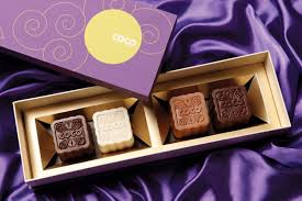 the mira hong kong x lindt chocolate mooncake luxuo luxuo