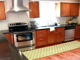 Rug In Kitchen With Hardwood Floor Kitchen Rugs For Hardwood Floors Pysp Org