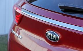 2017 kia sportage in depth model review car and driver