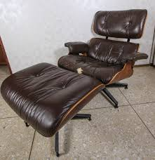 vintage eames lounge chair and ottoman by herman miller ebth